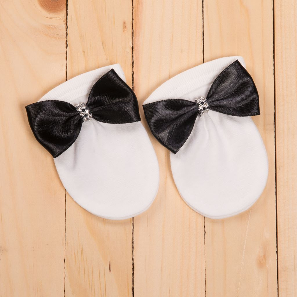 5PCS Black and White Romper set for Baby Boys- Lil'Champs